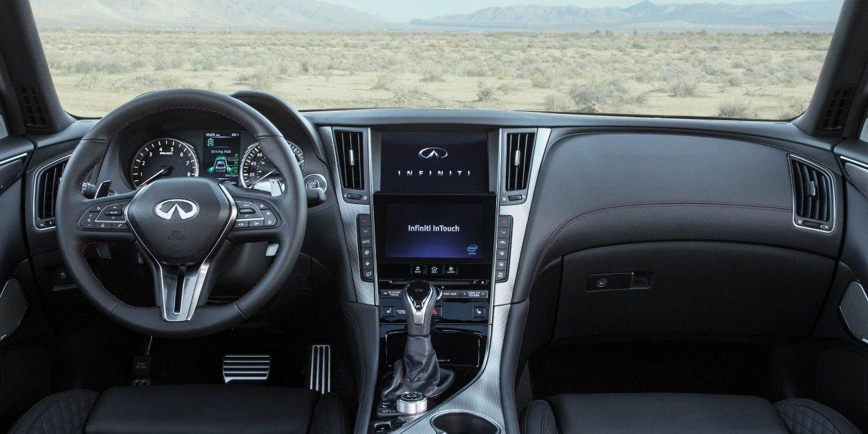 Новое обновление Infiniti Q50 2019 модельного года